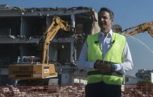 ΣΥΡΙΖΑ: Ο Μητσοτάκης βάφτισε «ανάπτυξη» την κατεδάφιση πέντε εκ των 900 κτισμάτων στο Ελληνικό