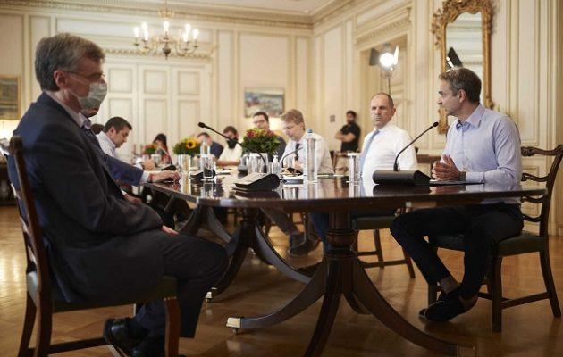 Τρία μέτρα για τον κορωνοϊό ανακοίνωσε η κυβέρνηση – Τι είπε ο Τσιόδρας