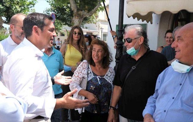 Τσίπρας: Ο Μητσοτάκης εξαπατά τριπλά τους συνταξιούχους για τα αναδρομικά