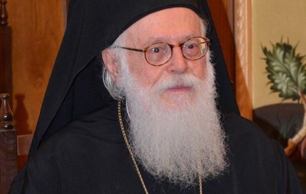 Αρχιεπίσκοπος Αλβανίας: Αμαρτία το λάδι της θρησκείας να χρησιμοποιείται για εθνικιστικούς σκοπούς