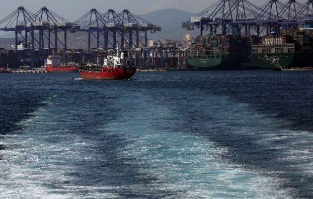 Πειραιάς: Δεκαέξι ναυτικοί δεξαμενόπλοιου με κορωνοϊό – Το πλήρωμα σε καραντίνα