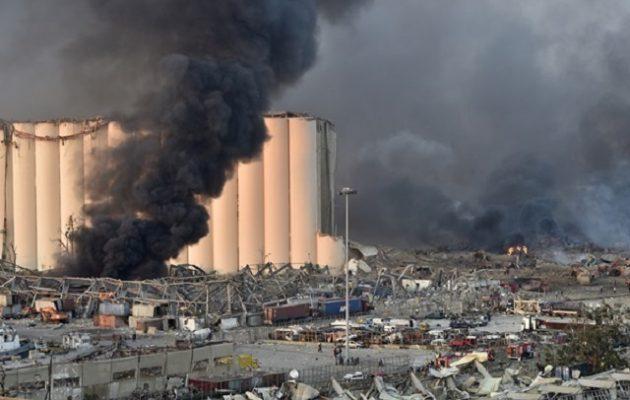 Εκρήξεις στη Βηρυτό: Τουλάχιστον 30 νεκροί και 3.000 τραυματίες – Φλέγεται πλοίο στο λιμάνι