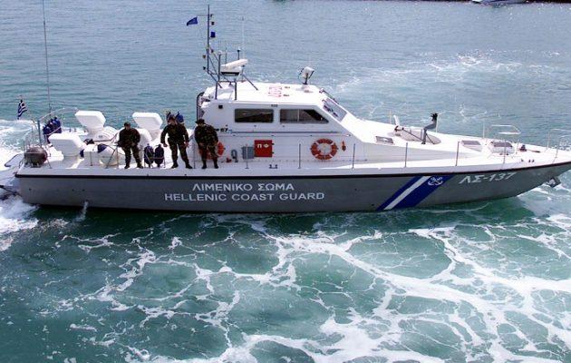 Υπουργείο Μετανάστευσης: Η Τουρκία πρέπει να λάβει πιο σοβαρά τις διεθνείς της υποχρεώσεις στο μεταναστευτικό