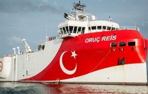 Το «Ορούτς Ρέις» βγήκε από το λιμάνι της Αττάλειας