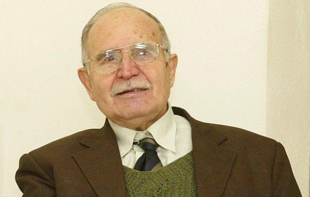 Πέθανε ο ποιητής Ντίνος Χριστιανόπουλος σε ηλικία 89 ετών