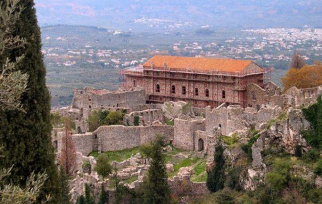 CNN: H Ελλάδα ο καλύτερος προορισμός για διακοπές αυτή τη στιγμή – «Ύμνος» για Λακωνία
