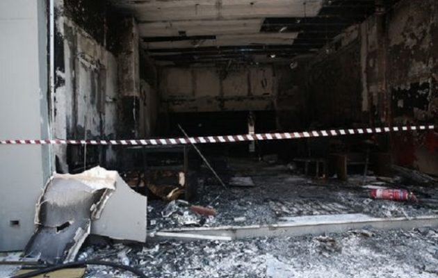 Πέθανε 20χρονη που είχε τραυματιστεί σε πυρκαγιά στον Πειραιά