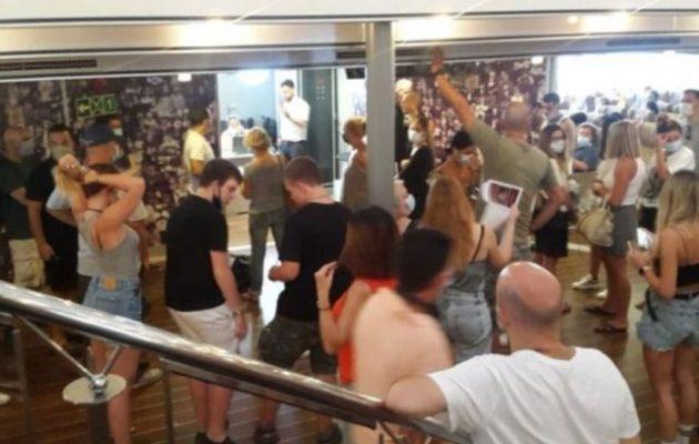 Ξεσηκωμός επιβατών σε πλοίο της γραμμής – Με καύσωνα και κορωνοϊό δεν λειτουργούσε ο κλιματισμός
