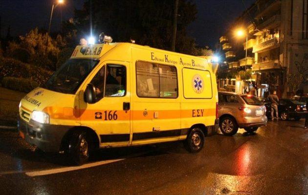 Βύρωνας: Νεαρή μητέρα έπεσε από τον τρίτο όροφο πολυκατοικίας