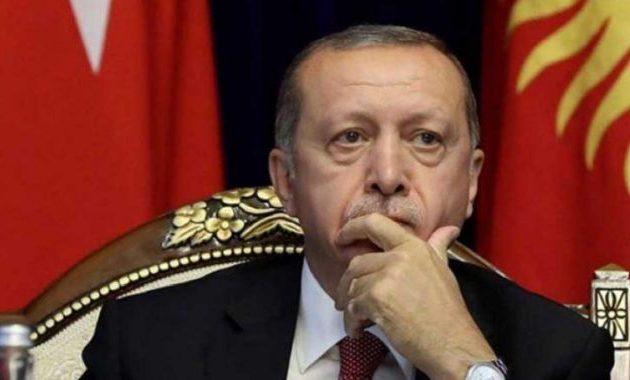 «Ο Ερντογάν έχει υποκύψει στο σύνδρομο του τυράννου» αποκλεισμένος στο «νέο-οθωμανικό παλάτι του»