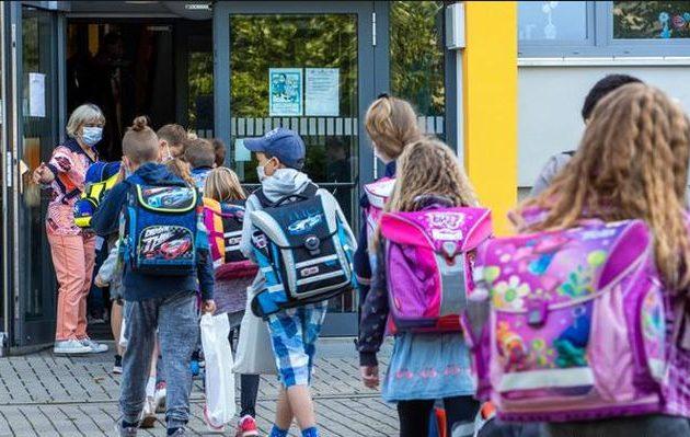 Κορωνοϊός: Χάος στη Γερμανία με τις μάσκες στα σχολεία – Σημαντική εστία μολύνσεων