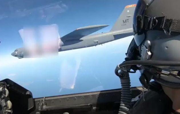 Ελληνικά F-16 συνόδευσαν αμερικανικά B-52 εντός των FIR Αθηνών και Λευκωσίας