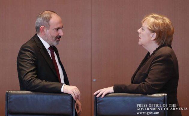 Ο πρωθυπουργός της Αρμενίας ζήτησε από τη Μέρκελ να συγκρατήσει την καταστροφική Τουρκία