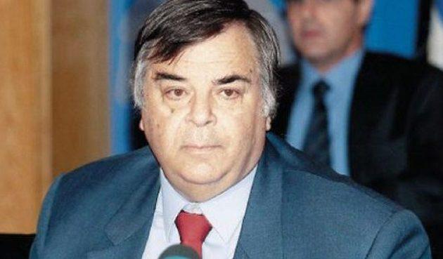 Πέθανε ο πρώην πρύτανης και υπηρεσιακός υπουργός Σίμος Σιμόπουλος