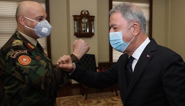 Ο Aκάρ συναντήθηκε με τον αρχηγό των δυνάμεων της Τρίπολης