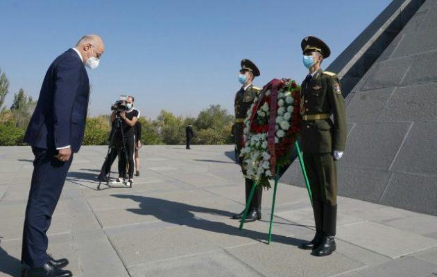 Ο Δένδιας στην Αρμενία τρέλανε τους Τούρκους: «Σκάνδαλο» και «νέα πρόκληση» λένε