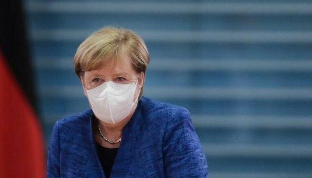 Μπάχαλο στη Γερμανία: Σύμβουλοι της Μέρκελ διαφωνούν με τα νέα μέτρα για τον κορωνοϊό