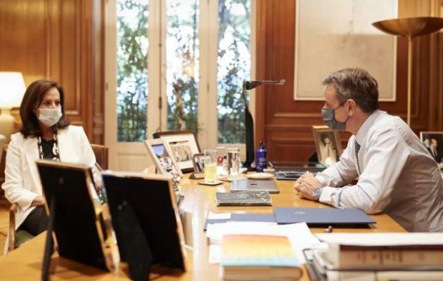 Ο Μητσοτάκης προτείνει Διαμαντοπούλου για την ηγεσία του ΟΟΣΑ