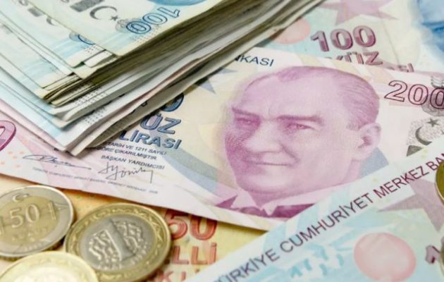 Handelsblatt: Κατήφορος χωρίς τέλος για την τουρκική λίρα