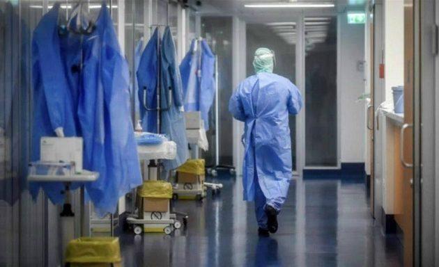 ΣΥΡΙΖΑ: Η κυβέρνηση ετοιμάζεται να καθίσει στο εδώλιο γιατρούς για χιλιάδες θανάτους