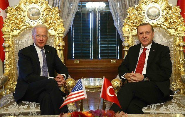 Bloomberg: Ο Ερντογάν ετοιμάζεται για τετραετία «κόλαση» με προέδρο τον Μπάιντεν