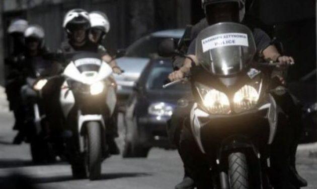 Αστυνομικοί καταγγέλλουν βουλευτή για απρεπή συμπεριφορά