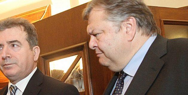 Βενιζέλος: Καλύτερος υπουργός Δημόσιας Τάξης της Μεταπολίτευσης ο Χρυσοχοΐδης