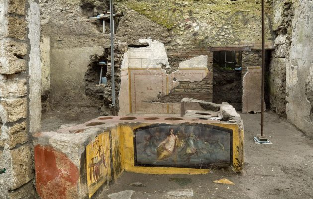 Πομπηία: Βρέθηκε αρχαίο «φαστ φουντ» με απομεινάρια φαγητού 2.000 ετών