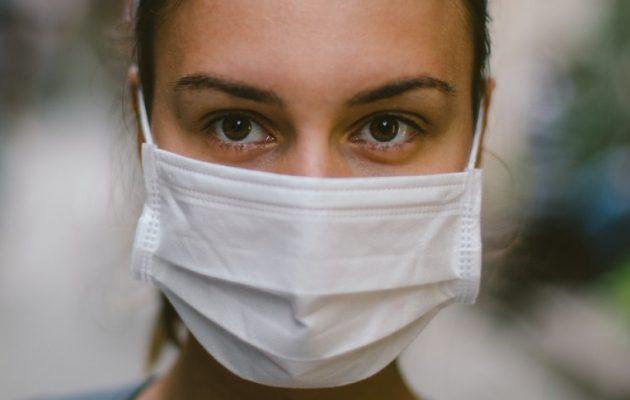 Κορωνοϊός: Η απώλεια όσφρησης και γεύσης μπορεί να διαρκέσει σχεδόν μισό χρόνο