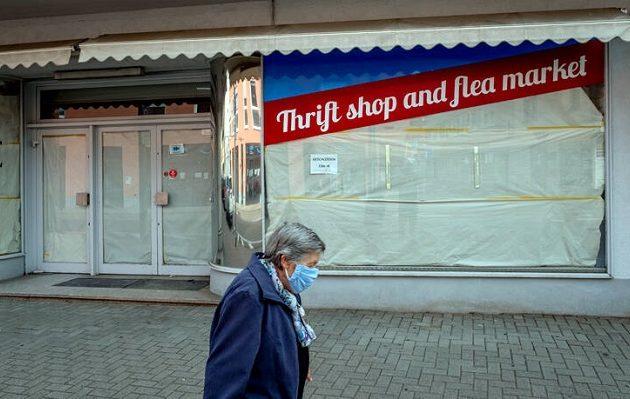 Γερμανός οικονομολόγος: Αναπόφευκτο το κύμα πτωχεύσεων στη χώρα
