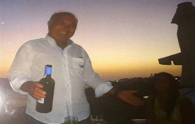 20χρονος Αλβανός έδειρε, έλουσε με βότκα και έκαψε 69χρονο ξενοδόχο στη Σαντορίνη