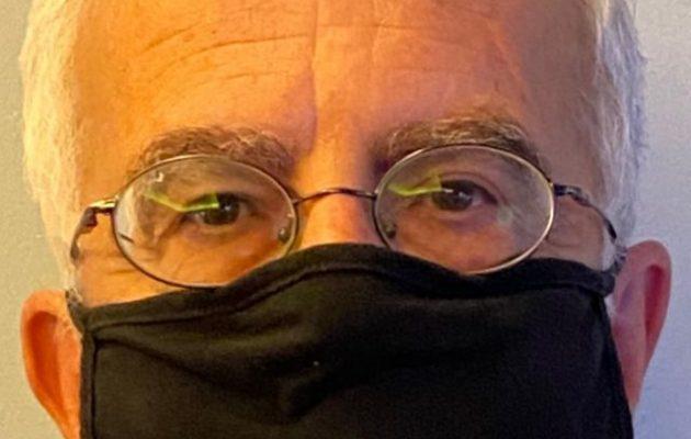 Επίθεση με μπογιές στο γραφείο του βουλευτή Σιμόπουλου που νοσηλεύεται με κορωνοϊό