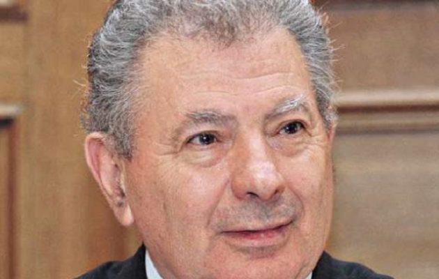 Ανατροπή με τον Σήφη Βαλυράκη – Τι επικαλείται η χήρα του πρώην υπουργού