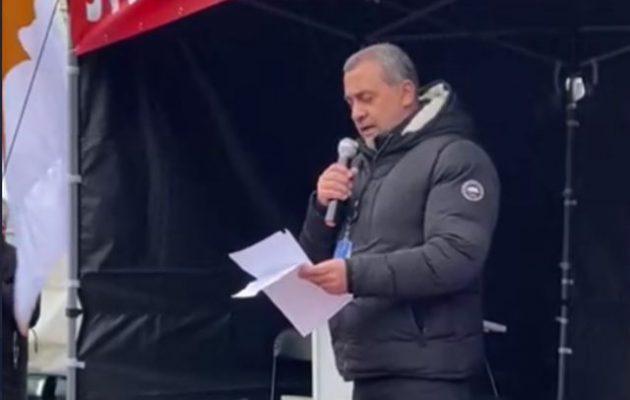 Ο Λουκάς Φουρλάς στη διαμαρτυρία «STOP ERDOGAN» στις Βρυξέλλες: «Να προστατεύσουμε τις αξίες μας»