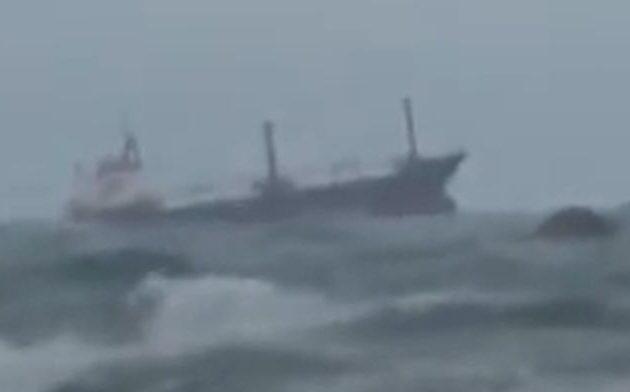 Ρωσικό φορτηγό πλοίο βυθίστηκε ανοικτά των τουρκικών ακτών στη Μαύρη Θάλασσα