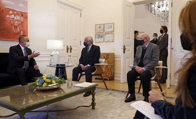 Τσαβούσογλου: Αν η Γαλλία είναι ειλικρινής είμαστε έτοιμοι να εξομαλύνουμε τη σχέση μας