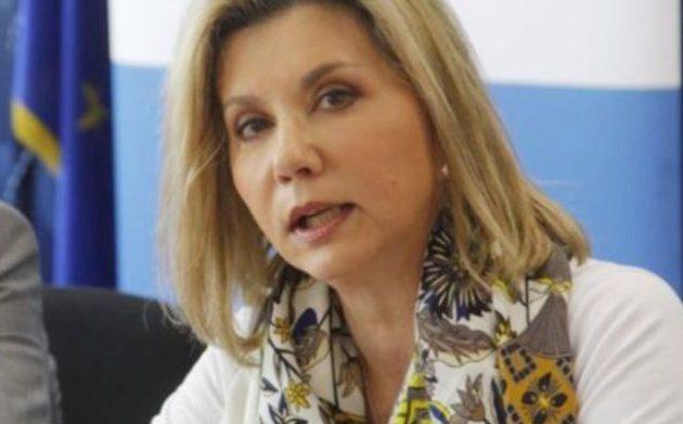 Ζέττα Μακρή: Προαιρετικά τεστ κορωνοϊού στους μαθητές της Γ΄ Λυκείου