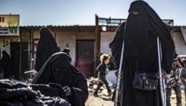 Ξεκίνησαν απεργία πείνας δέκα Γαλλίδες μέλη του Ισλαμικού Κράτους που κρατούνται στη Συρία