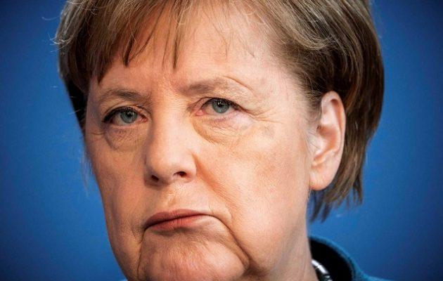 H Mέρκελ αποκλείει νέο κλείσιμο των συνόρων