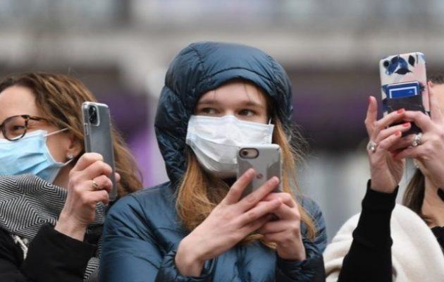 Βρετανία: Δεν θα φορούν μάσκες το καλοκαίρι