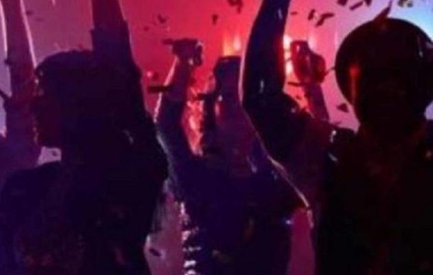 Κορωνοϊός: Πρόστιμα σε 75 αλλοδαπούς φοιτητές που έκαναν πάρι σε βίλα στη Λούτσα