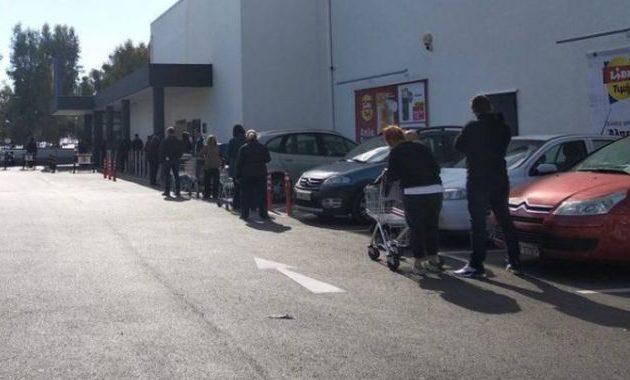 ΣΥΡΙΖΑ-ΠΣ: Κομφούζιο στα σουπερμάρκετ εξαιτίας του ανόητου μέτρου απαγόρευσης κυκλοφορίας στις 18.00