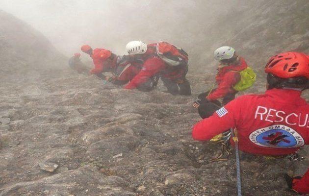 Επιχείρηση διάσωσης ορειβάτη που έπεσε σε φαράγγι στην Πάρνηθα
