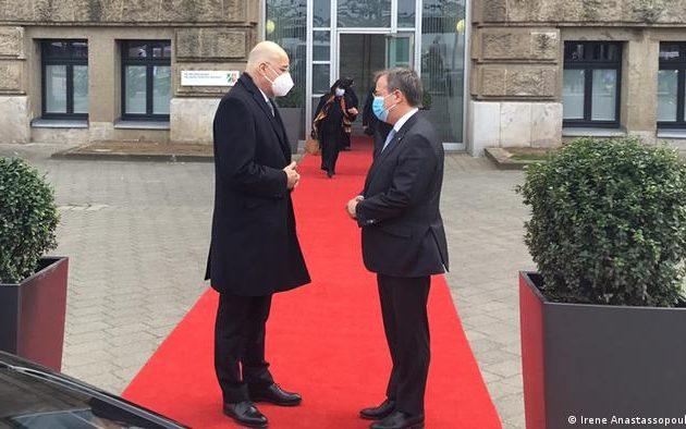 DW: Ο εν δυνάμει καγκελάριος της Γερμανίας Α. Λάσετ «στηρίζει» Ελλάδα