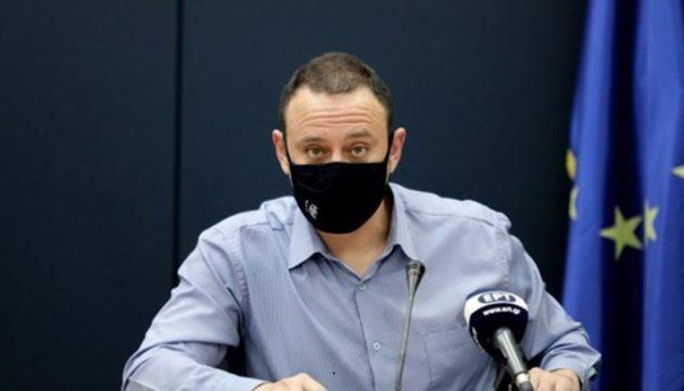 Mαγιορκίνης: Για μερικούς μήνες ακόμα μάσκες – Ο καιρός μειώνει κατά 20% τη μετάδοση