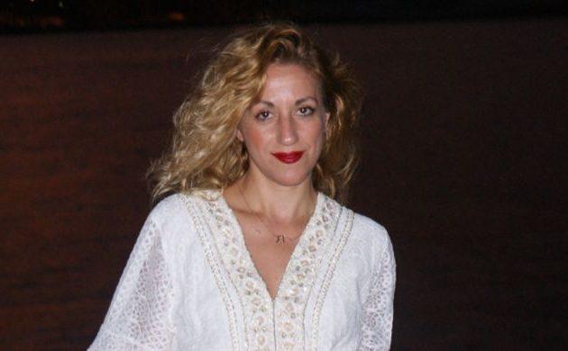 Ανδρονίκη Αβδελιώτη σε γνωστό σκηνοθέτη: «Ότι άπλωνες τα ξερά σου σε ανήλικα κορίτσια αυτό δεν το φανταζόμουν»