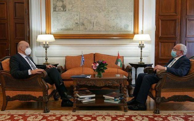 Ο Νίκος Δένδιας συναντήθηκε με τον Παλαιστίνιο ομόλογό του – Τι συζήτησαν