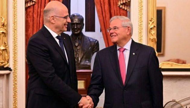 Επικοινωνία Δένδια-Μενέντεζ: Άριστες οι ελληνοαμερικανικές σχέσεις