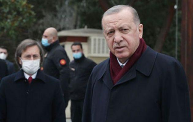 Ο Ερντογάν πήρε το μέρος του Πούτιν και αποκάλεσε «απαράδεκτο» τον Μπάιντεν