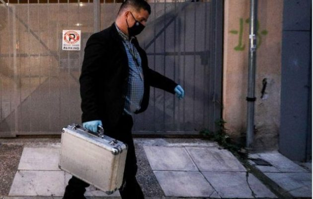 Έφοδος της αστυνομίας στο άγνωστο υπόγειο του Λιγνάδη – Τι κατάσχεσε